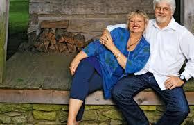 Amy Holland and Michael McDonald