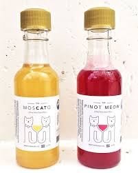 MosCato and Pinot Meow Cat Wine