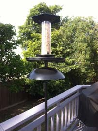 Effort-Less Birdfeeder