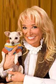 Tanya Tucker with Chihuahua